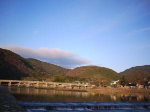 朝の渡月橋