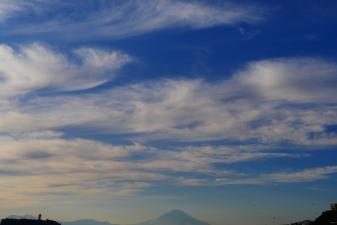 七里ヶ浜からの富士山